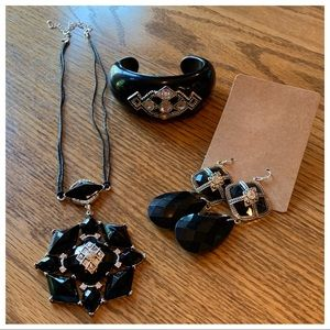 COPY - Stunning Black & Diamond Earring Necklace …